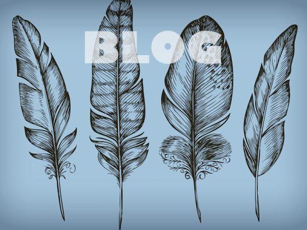 <span>Blog</span><i>→</i>